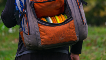 Top 9 Best Disc Golf Bags in 2021 ( In-Depth Buying Guide )