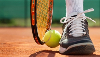 Top 9 Best Tennis Shoes in 2020 (In-Depth Buying Guide)