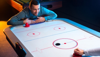 Top 8 Best Air Hockey Tables in 2020 (In-Depth Buying Guide)
